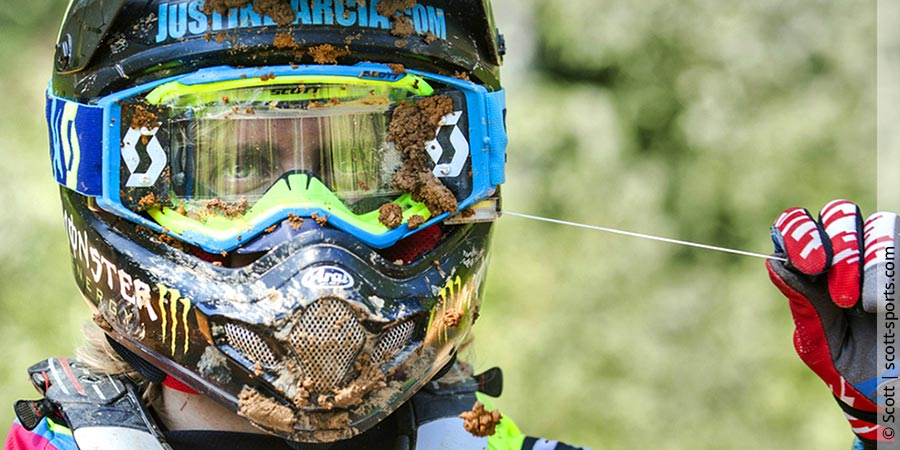 Motocrossbrille mit Roll-Off-System