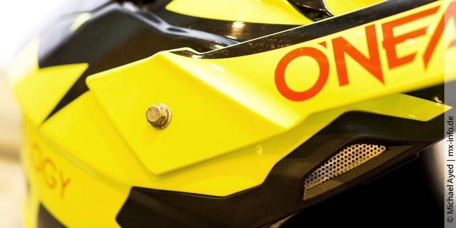 Auf Wertigkeit und Details kommt es beim Motocross-Helm an